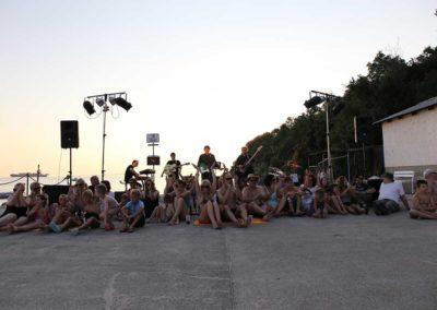 Jurki & Basisti na snemanju videa En lep dan na tvojo dlan - 150 (foto Zoran Pajić)